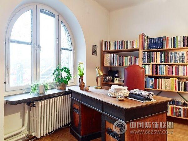 70平简洁舒适小屋 复古实用住宅设计-书房装修图片