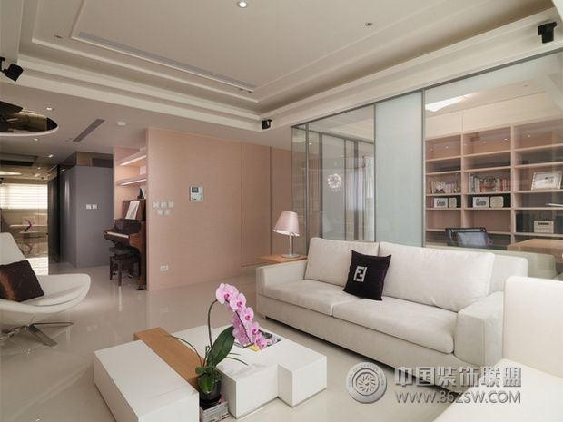 淡粉色的雅致柔美 唯美简约三居室设计 书房装修效果图