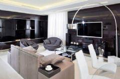 深与浅的碰撞 152.5平黑白经典公寓设计