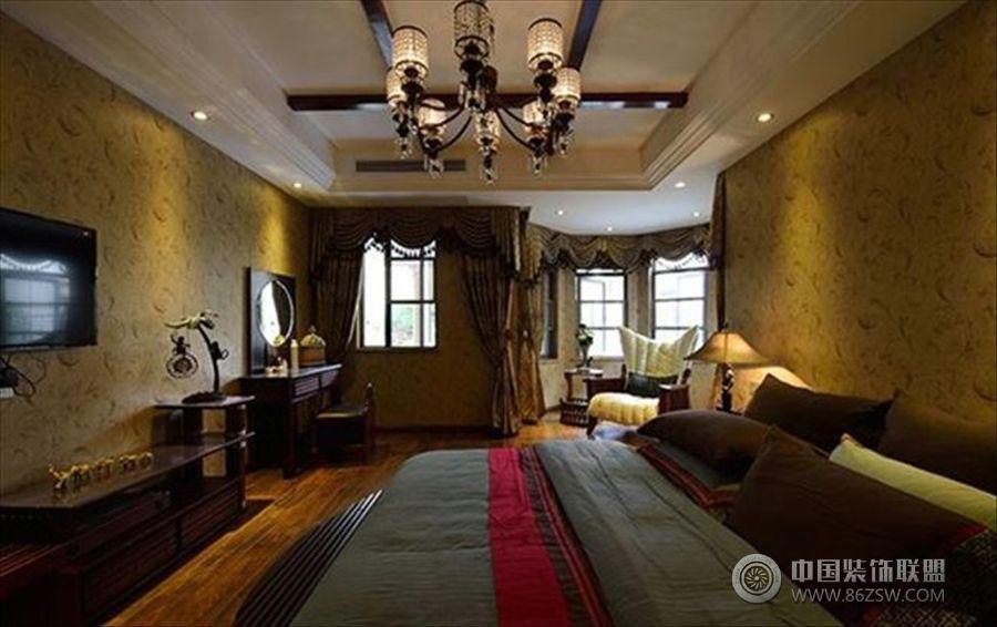 美式做舊的別墅美式臥室裝修圖片