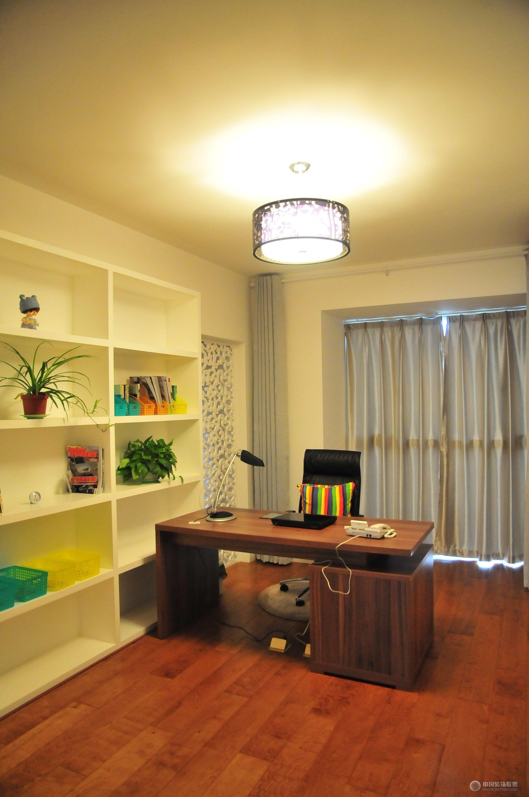 简约二居室家居装修现代书房装修图片