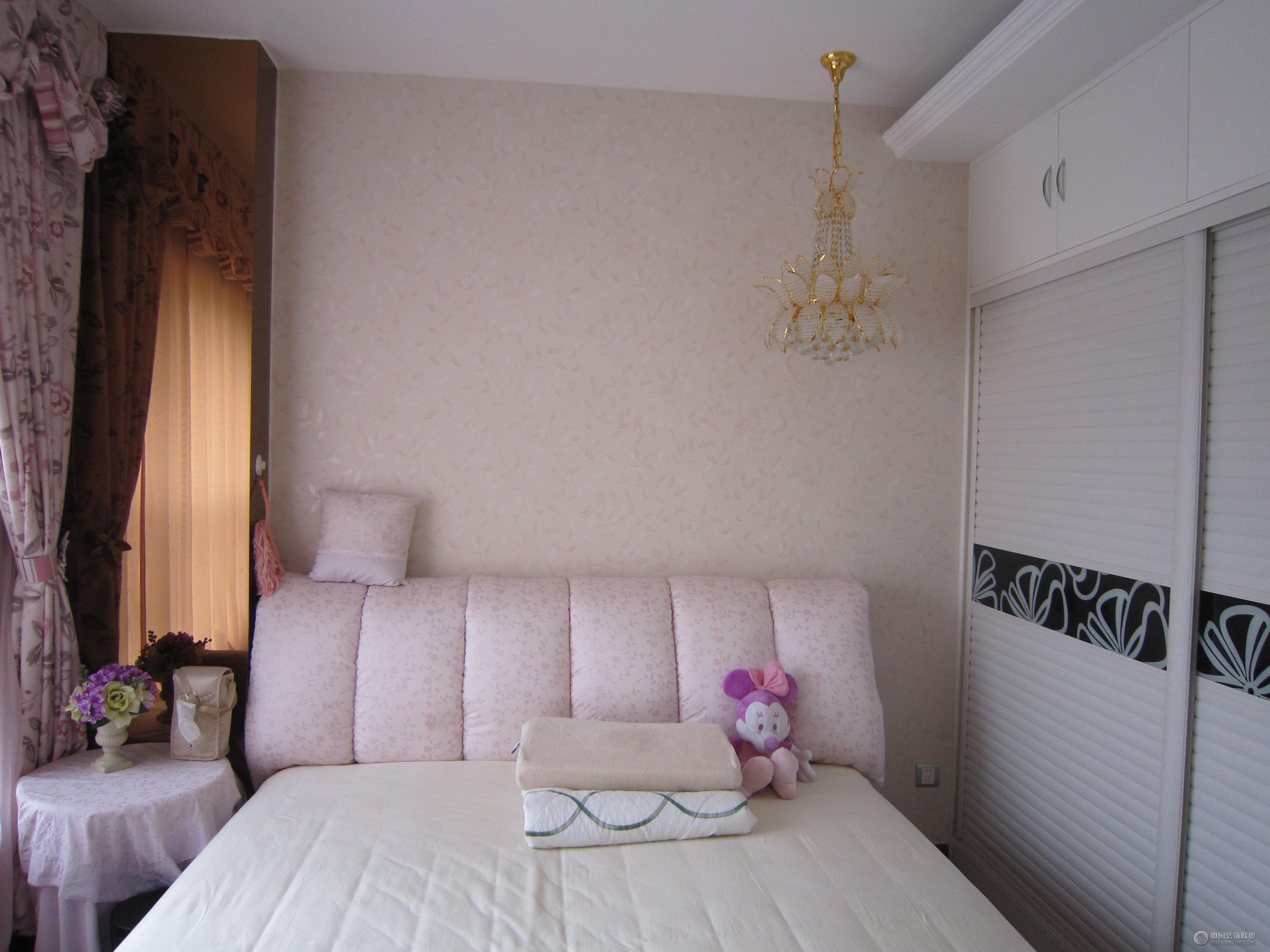 欧式三室两厅欧式卧室装修图片