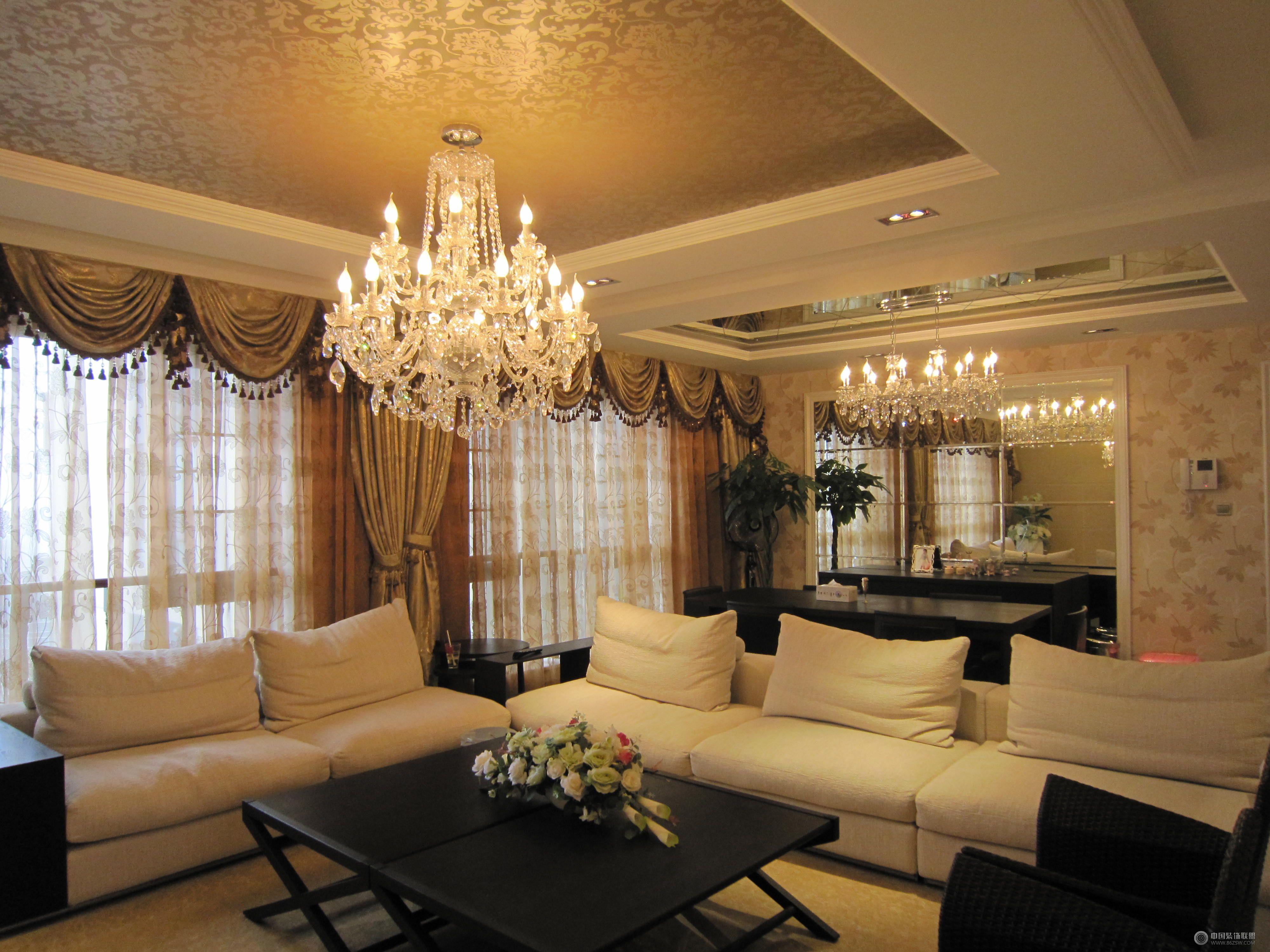 欧式三室两厅欧式客厅装修图片