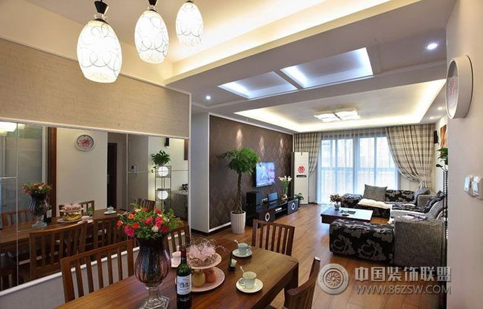 现代风格两室一厅客厅装修图片
