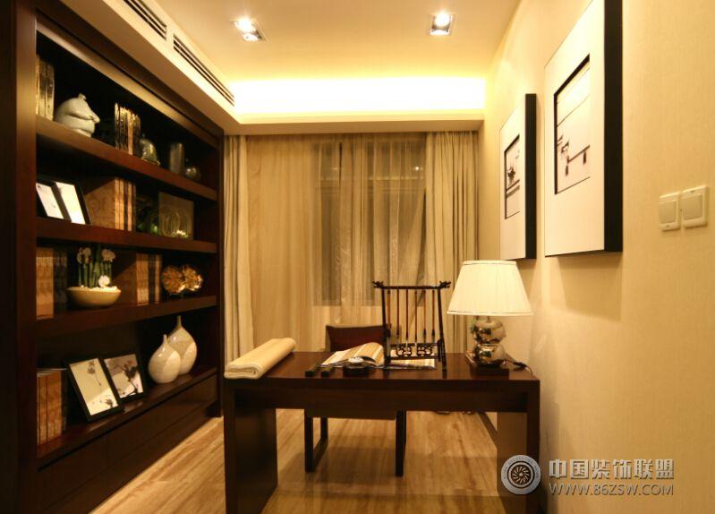 中式风格装修三室一厅 餐厅装修图片高清图片