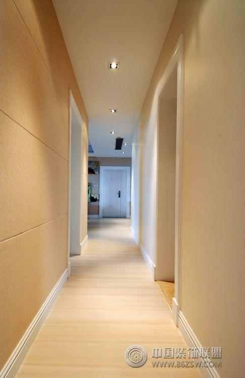 现代创意风格两室三厅现代过道装修图片