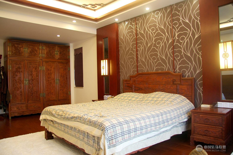 中式风格三居室玄关效果图 餐厅装修效果图 -中式风格三居室玄关效果