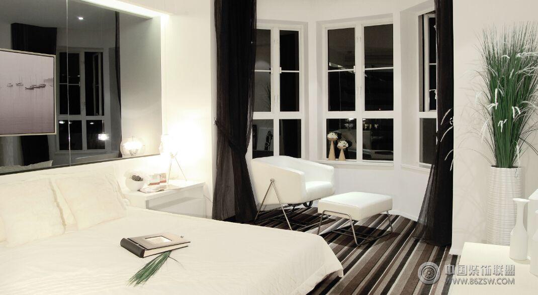 现代黑白风格两室两厅装修图 客厅装修效果图