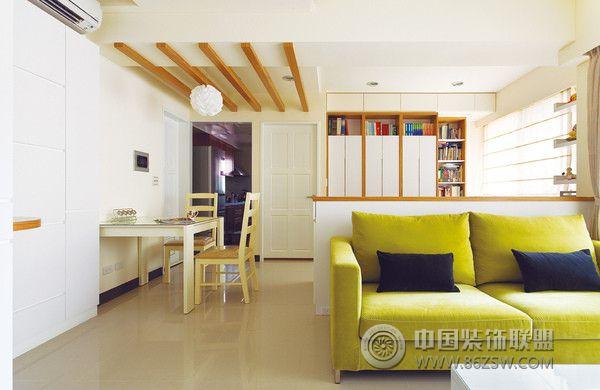 现代时尚风格三室两厅装修图-客厅装修效果图-八六