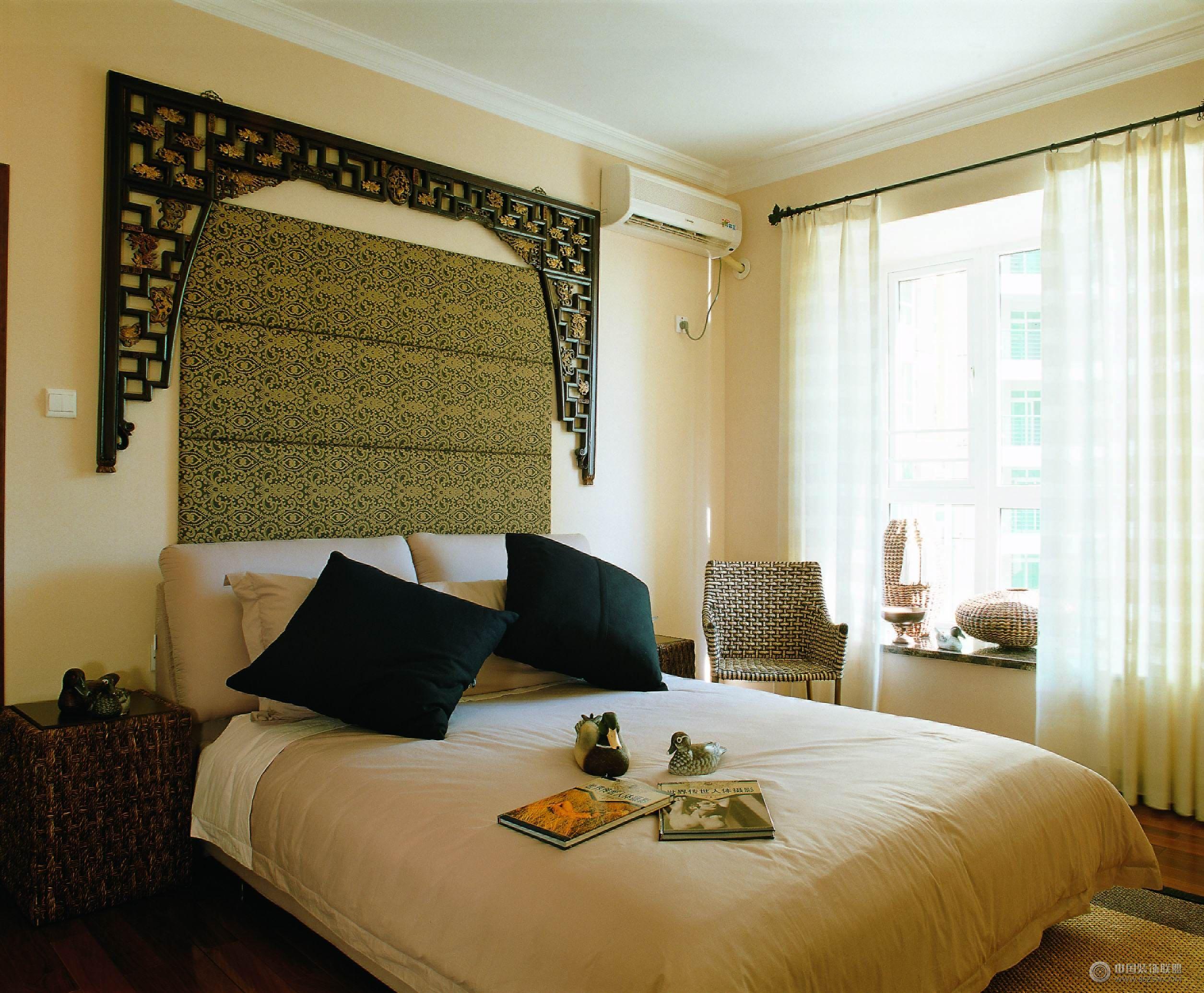 新中式装修效果图中式卧室装修图片