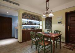 美式風格三居室裝修圖美式風格玄關裝修圖片