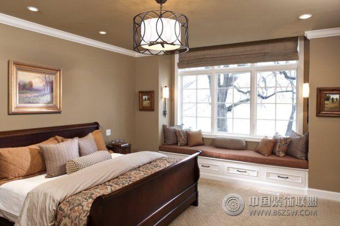 最新榻榻米飘窗设计现代卧室装修图片图片