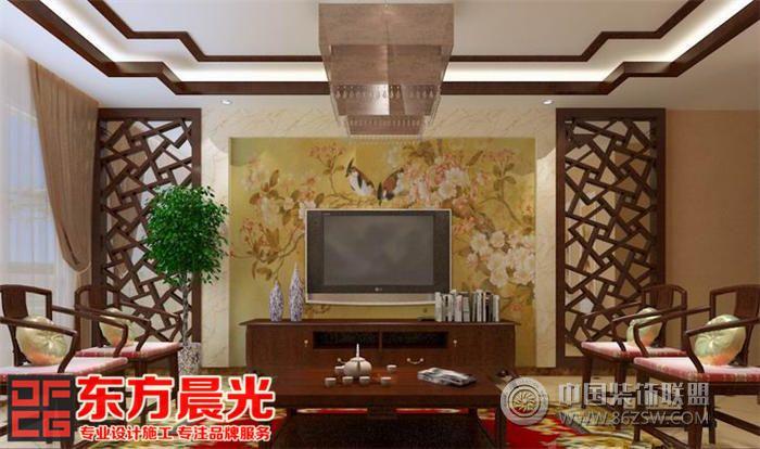 家居生活中重温古典旧梦,享受中式风格的高端优雅是现代很多人的向往,走近传统建筑文化,将古典中式风格融入现代的生活,简洁明快的线条及高雅古朴的装饰以及耐人寻味的中国古风美,古色古香、精雕细琢的中式风格是高端典雅的象征,亲近自然、古朴、简单却内藏丰富内涵。 此高端别墅设计餐厅入口处一扇镂空型月亮门与复古实木餐座椅相呼应,壁上悬挂一副中国山水画,简单和谐,自然舒适。客厅采用造型奇特的座椅,背景墙上一副巨型山水画,既装饰着客厅空间,又能给人美的享受陶冶情操。书房落地窗前摆放两盆绿植,白色纱绸窗帘垂下,营造一种与世