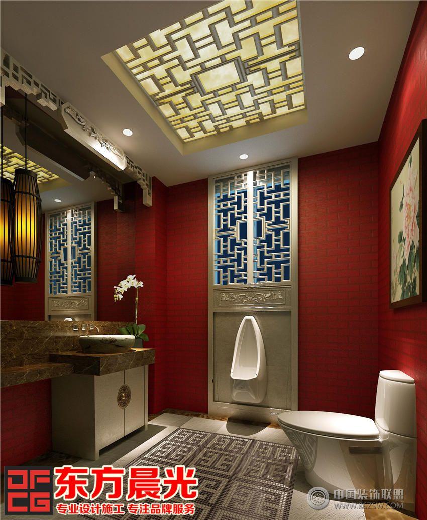 营造的第一感觉便是富贵华丽的视觉冲击,主色调为象征喜庆的大红色,让