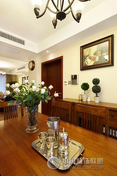 126平中式温馨装修案例餐厅装修图片