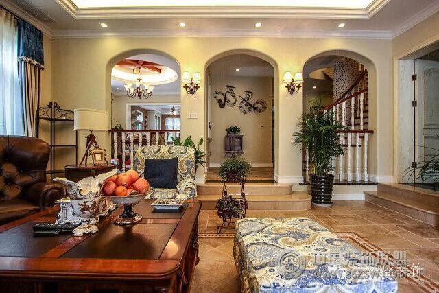 美式别墅客厅块砖