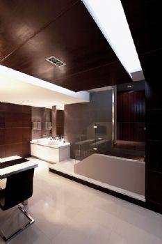 126平现代低调温馨居现代卫生间装修图片