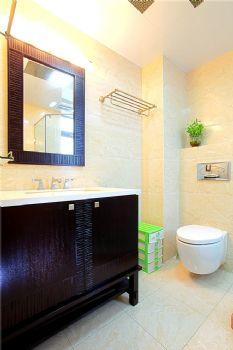 192平中式美式复式时尚家美式卫生间装修图片