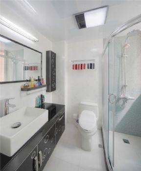 156平现代简约复式宜居现代卫生间装修图片