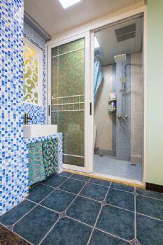 140平现代简约装修案例现代卫生间装修图片
