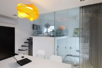 简约风打造Loft型时尚公寓简约阳台装修图片