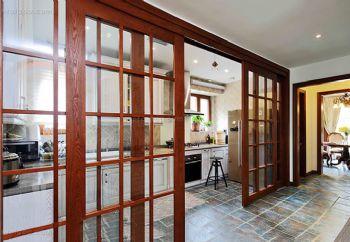 简约时尚的厨房门案例简约厨房装修图片