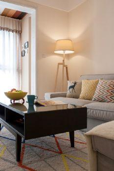 115平简约演绎自驾游的休闲浪漫简约客厅装修图片