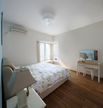 100平简约演绎都市快节奏的生活简约卧室装修图片
