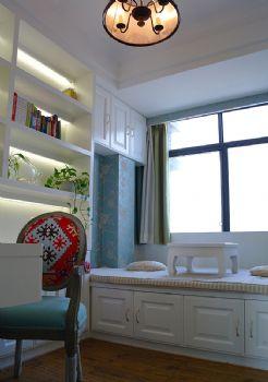 功能性与舒适性兼具的书房设计现代书房装修图片