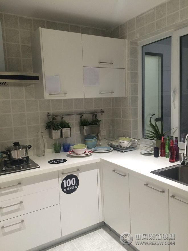 70平简约居小户型装修案例-厨房装修图片