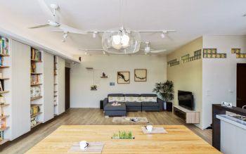 93平简约原木演绎自然美居装修图片简约客厅装修图片