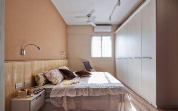 93平简约原木演绎自然美居装修图片简约卧室装修图片