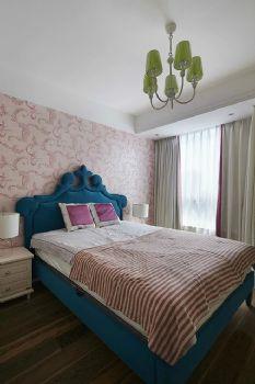152平美式演绎贵气美居美式卧室装修图片