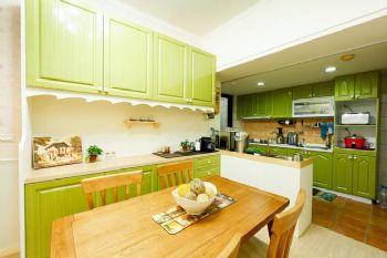 103平田园风打造温馨美家田园厨房装修图片