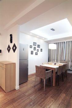 83平简约婚房装修案例欣赏简约餐厅装修图片