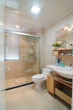 83平简约婚房装修案例欣赏简约卫生间装修图片