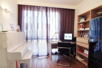83平简约婚房装修案例欣赏简约书房装修图片