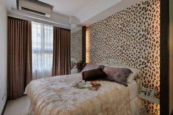 82平欧式两居装修效果图欧式卧室装修图片
