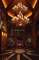 美妙絕倫的新古典主義酒吧裝修設計