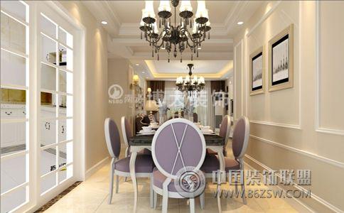 简欧装修 淮南瀚城装修效果图    沙发背景则采用白色石膏线条做边框