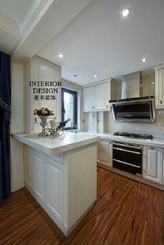新古典三居裝修實景案例古典風格廚房裝修圖片