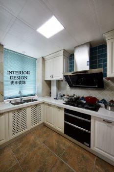 美式簡約大戶型裝修案例欣賞美式風格廚房裝修圖片