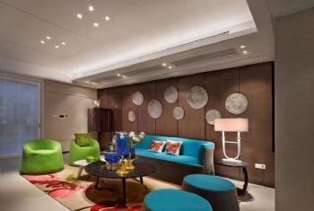 色彩丰富现代三居装修案例