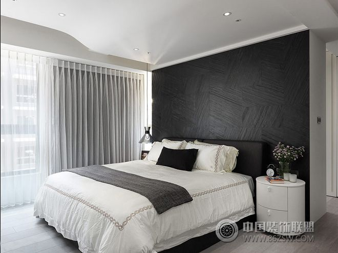 黑白灰冷色调三居装修效果图-卧室装修图片