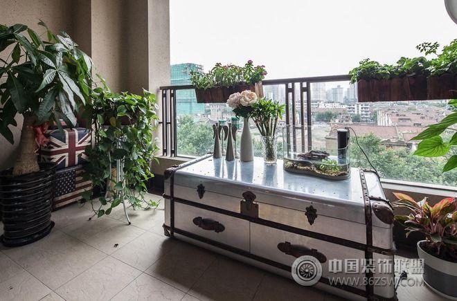 翠湖天地現代簡約家宅設計陽臺裝修圖片