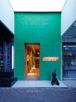 19平米现代服装店设计案例