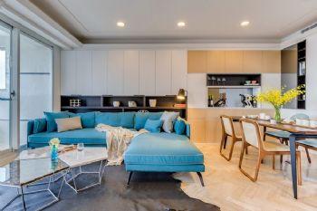 明亮色彩简约三居装修案例