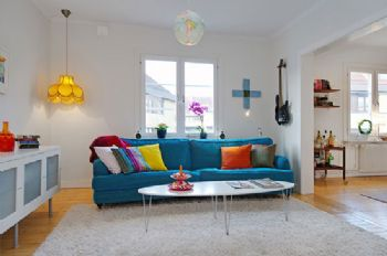 繽紛色彩時尚公寓裝修效果圖