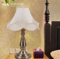 现代简约时尚布艺装饰台灯卧室床头客厅灯具灯饰可调光学习灯